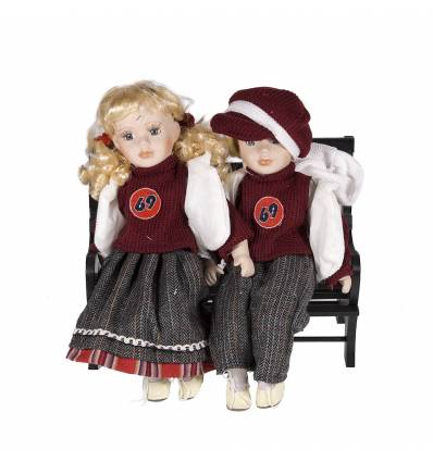 Papusi portelan - copii pe banca